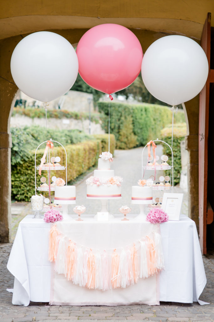 sweet candy table